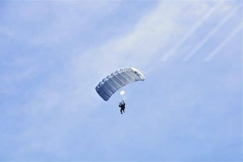 iprocurenet parachute sky flying